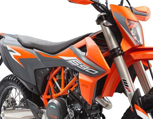 KTM 690 ENDURO R 2021 Details