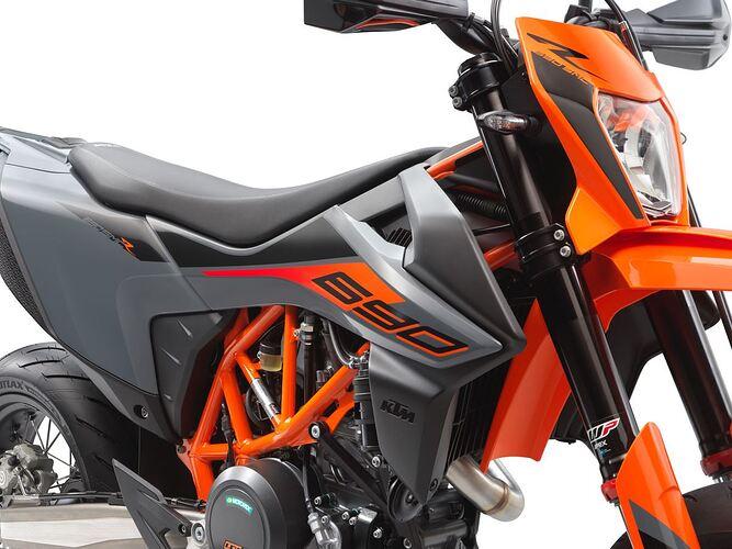 KTM 690 SMC R 2021 Detail