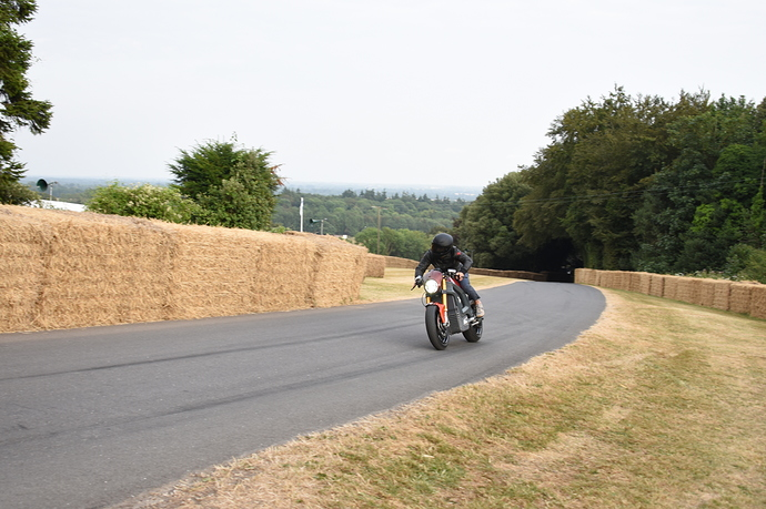 Italian_Volt_takes_to_the_Goodwood_Hill