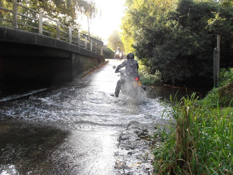 2013 wet roads White Notley Edgard 180